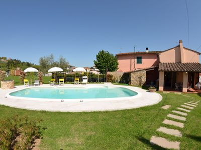 Photo for Stunning private villa with WIFI, private pool, TV, veranda, pets allowed, parking, close to Lucca