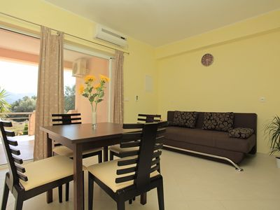 Photo for Modern, Bright & Cozy 1BD with Private Terrace