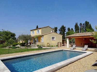 Photo for Vacation home Siflora in Saint-Rémy-de-Provence - 8 persons, 4 bedrooms