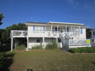 Photo for Middle Row Home With Beautiful Views From Wrap-around Deck. Just Plain Cute.