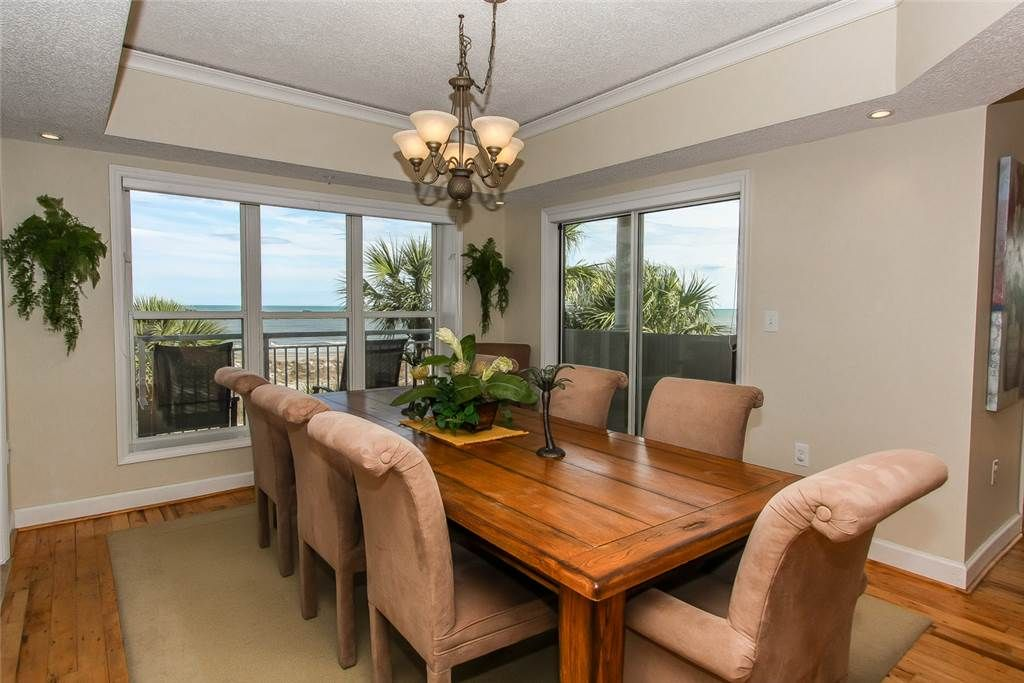 Beautiful 3 Bedroom Condo With Ocean Views From Every