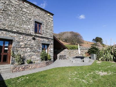 Photo for BANK END LODGE, pet friendly, with hot tub in Grizebeck, Ref 972333