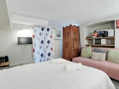 Photo for Little Garden Cabin - Sleeps 3 - Quirky Space - Free Wifi