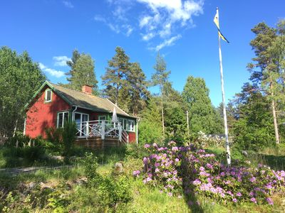 Cottage has its own 3000 m2 lot