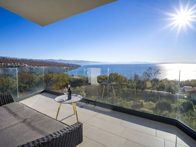 Photo for Apartment Opatija Sky View in Opatija/Pobri - 6 persons, 3 bedrooms