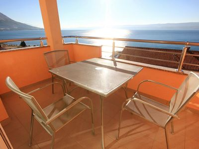 Photo for One bedroom apartment with terrace and sea view Duće (Omiš)