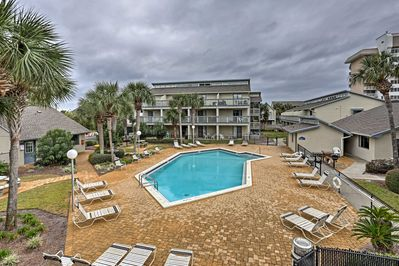 Situated just steps from white sand beaches is this fantastic 1-bedroom condo.