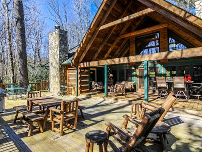 Photo for Dream Forest - Hot Tub, Pool Table, One Level, Yard, 1 Mile to Parkway!