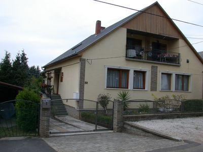 Holiday apartment on the south side of a quiet street in Fonyód