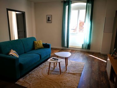 Photo for Cozy Two-Bedroom Apartment City Center