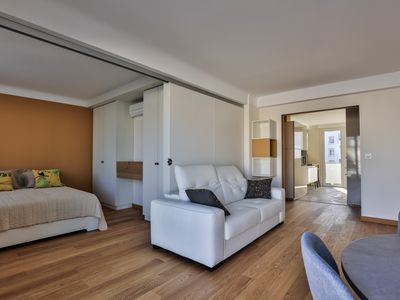Photo for Luxury apartment with air conditioning at the foot of the beaches