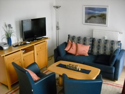 Photo for Cosy apartment with sauna and pool in quiet location near the beach.