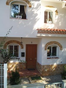 Photo for Lovely Villa in quiet Residential Area. 2km from Beach