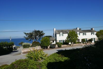 Beautiful House in PG available for Home Sharing offers Ocean View and Privacy.