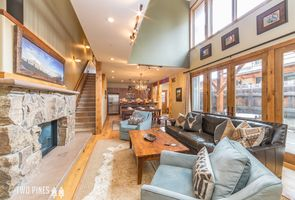 Photo for 4BR Townhome Vacation Rental in Gallatin Gateway, Montana