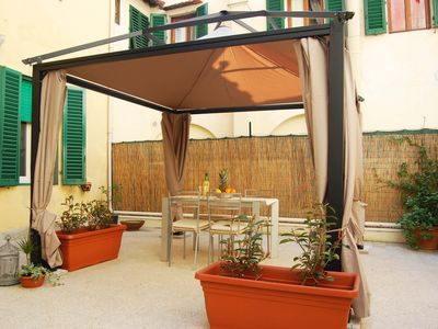 Photo for Florence in Santa Croce Apartment (with relax terrace)