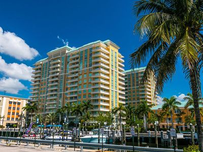 Photo for Fantastic Condo, Ideal Location, Fully Furnished With Upgrades Throughout.