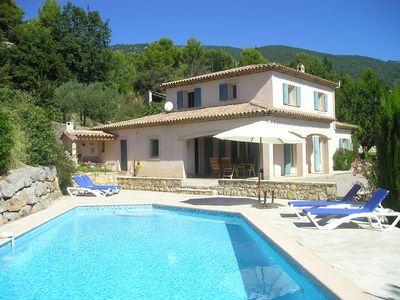 Photo for Beautiful villa with pool & panoramic views, walking distance to village