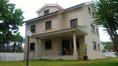 Photo for House located on the beach of Samil Vigo 6 people ground floor