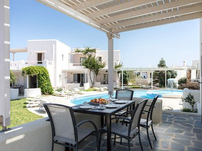 Photo for Naxos Relaxing Villa with Pool 4