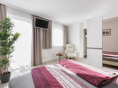 Photo for Spacious apartment in the heart of the beautiful city of Dresden.