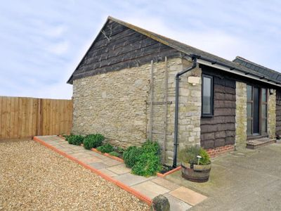 Photo for 2 bedroom Barn in Weymouth - SWALS