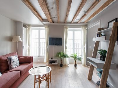 Photo for Charming flat at the heart of Paris, 5 min to the Eiffel Tower - Welkeys