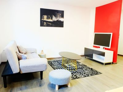 "Photo for Gite Ottrott : modern ""rouge"" apartment"