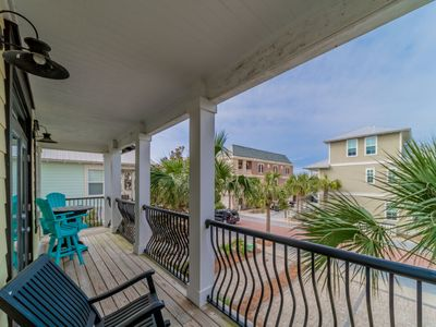 Photo for Paradise30A~Funky Monkey, 5 Bedrooms, Community Pool, Call for 10% off Spring Break!