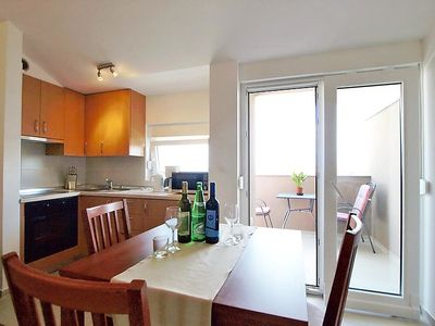 Photo for One bedroom Apartment, sleeps 4 in Nin with Pool, Air Con and WiFi
