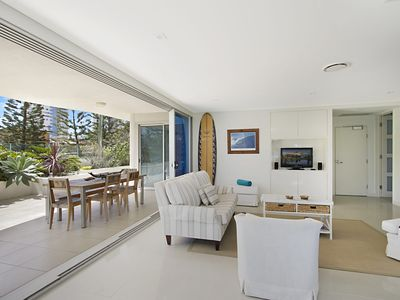 Photo for Neilson on the Park Unit 1A - Easy walk to beaches, cafes and shopping in Coolangatta