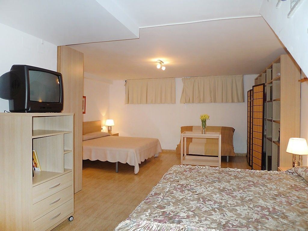 apartment in lampolla with internet pool air conditioning parking