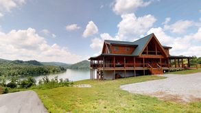 Photo for 5BR Cabin Vacation Rental in Tazewell, Tennessee