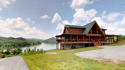 Photo for Elk Lodge Large Family Vacation Home Rental on Norris Landing Marina | Norris Lake Cabin Rentals