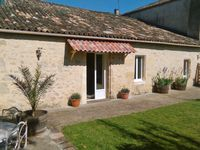 A Lovely Gite for Two near St. Emilion