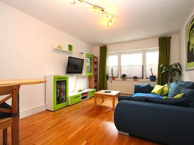 Photo for Apartment 564 m from the center of Hanover with Parking, Internet, Washing machine (528283)