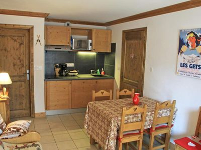 Photo for Residence CHALUNE, located close to the center of the village, close to the ski slopes. Apartment agr