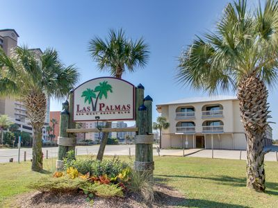 Photo for NEW LISTING! Lakeview condo with shared pool, just steps from the beach!