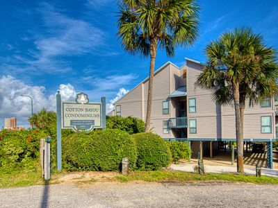 Photo for Bayou-side condo with shared pool and boat slips for fishing, free WiFi