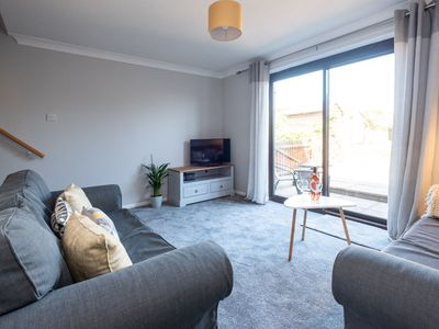 Photo for 91 Carr Avenue - sleeps 4 guests  in 2 bedrooms