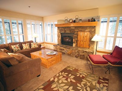 Photo for Deluxe, Upscale 2 Bed, 2 Bath Condo, Short Walk to Canyon Lodge, Pet Friendly