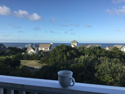 Amazing views! Great place for morning coffee or glass  of wine at Sunset!
