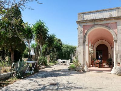 Photo for 5 bedroom Villa, sleeps 12 in Poggiardo with Air Con and WiFi