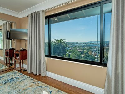 IDEAL LOCATION AND PLACE TO STAY VISITING SAN DIEGO