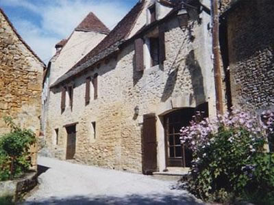 Photo for Charming house of the nineteenth, restored in the style of Périgord.
