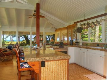Deluxe Private Garden Home by the Beach