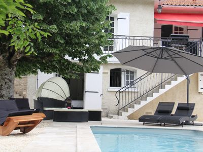 Photo for Come cocooning and enjoy the pool and hottub together, near the golf of Cognac!