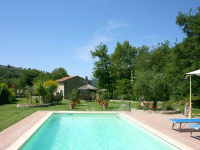 Photo for One bedroom Villa, sleeps 4 in Pieve Santo Stefano with Pool and WiFi
