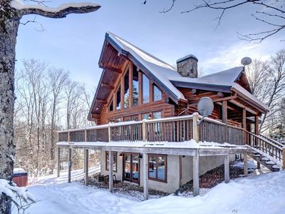 Photo for Chalet Geronimo 5 bedroom 12 people Mont Tremblant Region