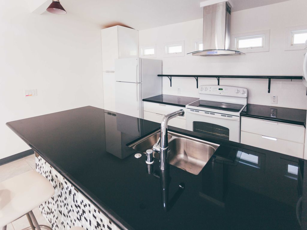 Modern 1 BR Sacramento Guest House Close to Everything, Sacramento ...